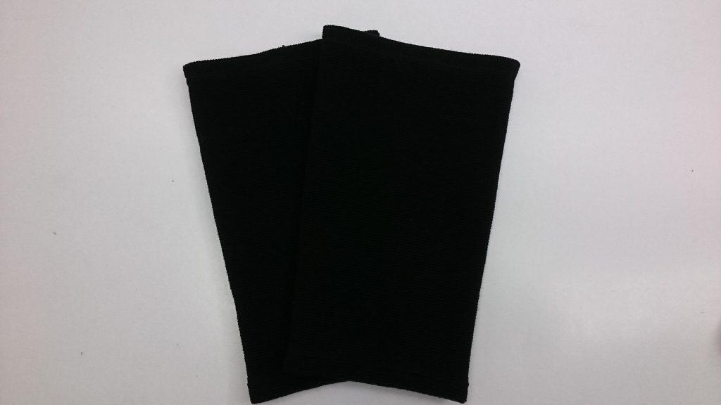 黒色の保温用シームレスサポーターひざ用